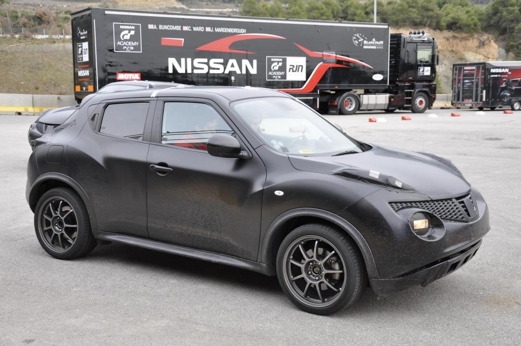 Nissan Juke Nismo: Volks-Racer mit 200 PS und Vollausstattung | Erste Abstimmungsfahrten mit dem Nissan Juke Nismo II: Die II. Generation soll deutlich nachgeschärft werden.