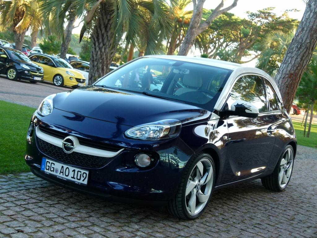 Opel Adam: Nach einer Woche 20.000 Bestellungen – Erfolgreicher Start und Auszeichnungen für neuen Kleinwagen