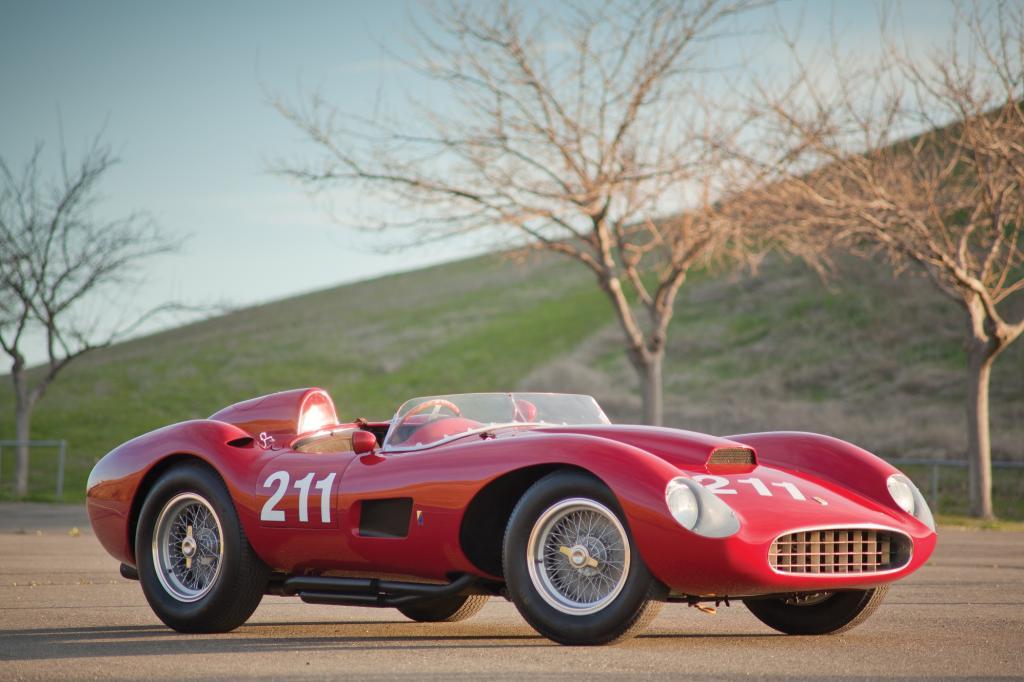Platz 10: 1957 Ferrari 625 TRC Spider