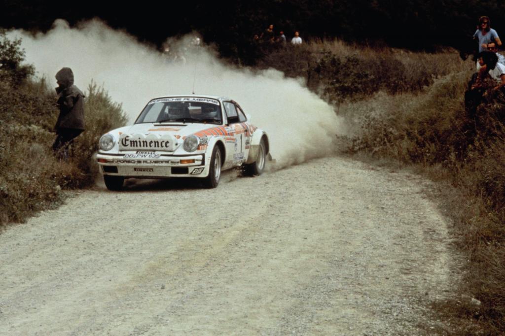 Porsche 911 mit Walter Roehrl und Christian Geistdoerfer
