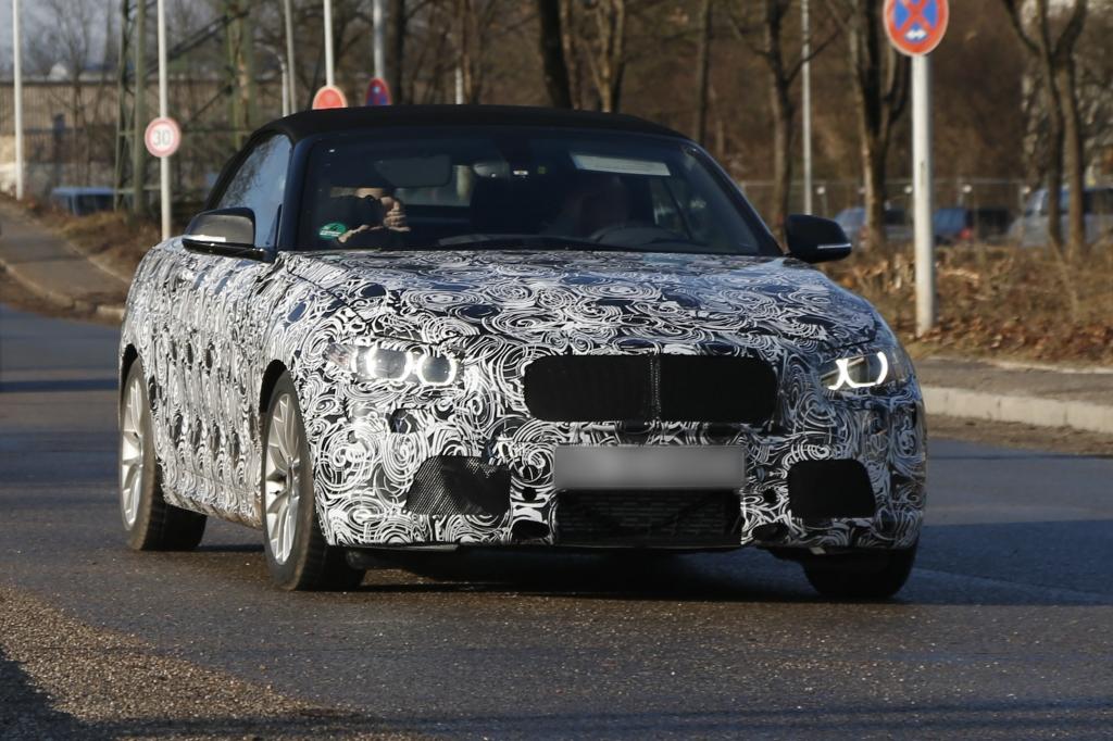 Rentner fährt BMW 2er Coupé zu Schrott