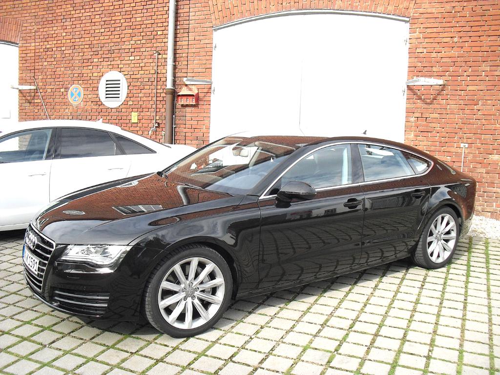 Spezielle Effizenzassistenten machen auch Audis A6, hier die Limousine, künftig noch sparsamer.