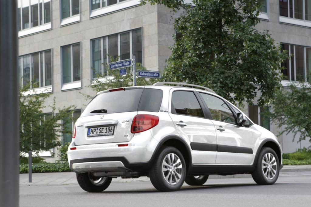 Suzuki gibt für den 1,6-Liter-Benziner kombiniert 6,5 Liter auf 100 Kilometer an