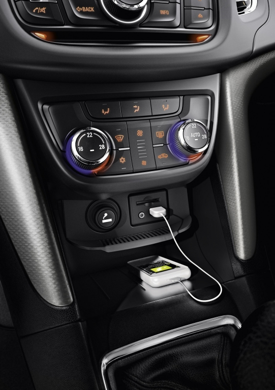 Test Opel Zafira Tourer Sport 2.0 CDTI: Kompakt-Van auf Mittelklasse-Niveaus