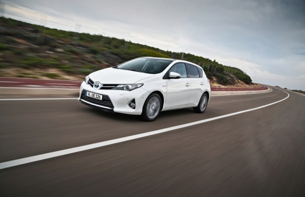 Toyota Auris - Verwegene Optik, nerviger Sound