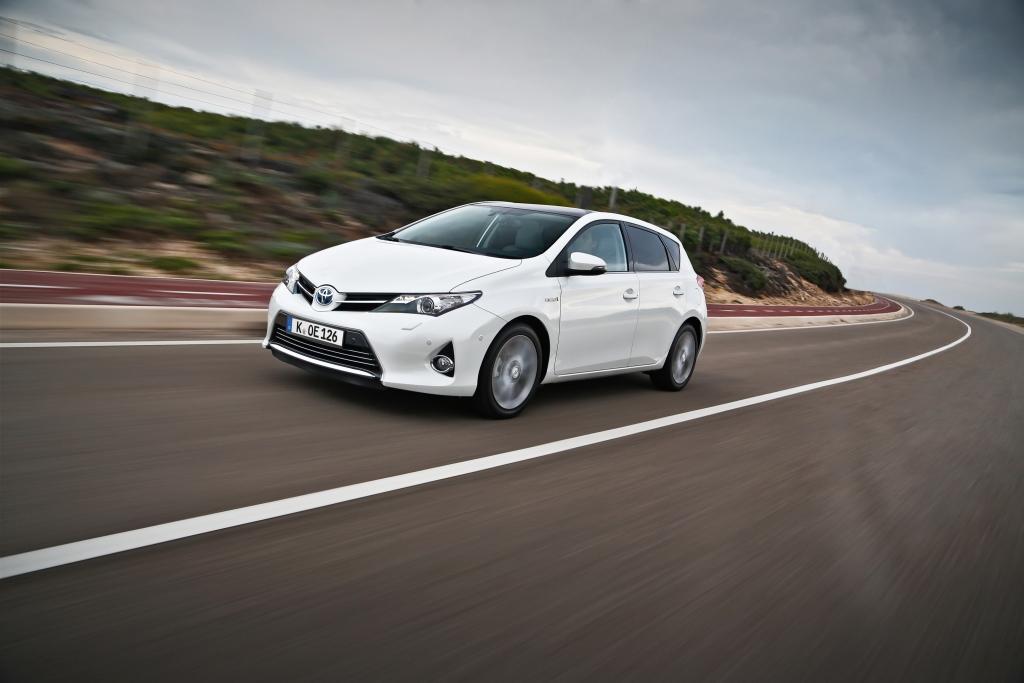 Toyota Auris - Verwegene Optik, nerviger Sound
