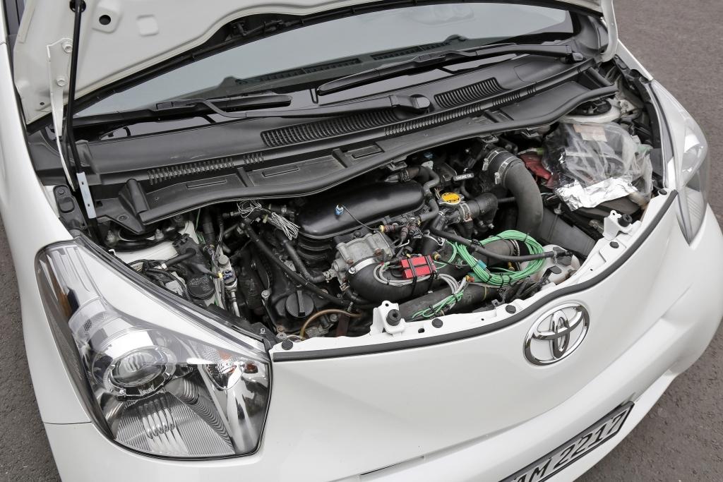 Toyota iQ-Sonderserien - Zwei wie Himmel und Hölle
