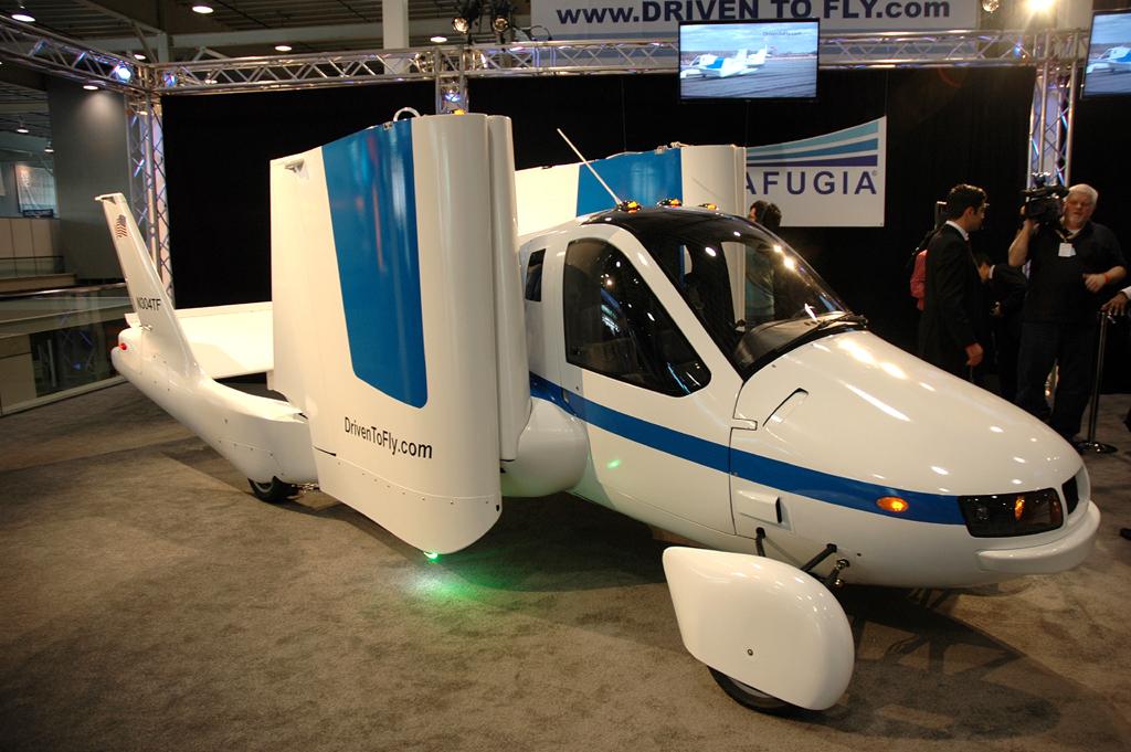 Und vielleicht gibt es bei der IAA vom 12. bis 22. September auch schon Autos zum Fliegen ...