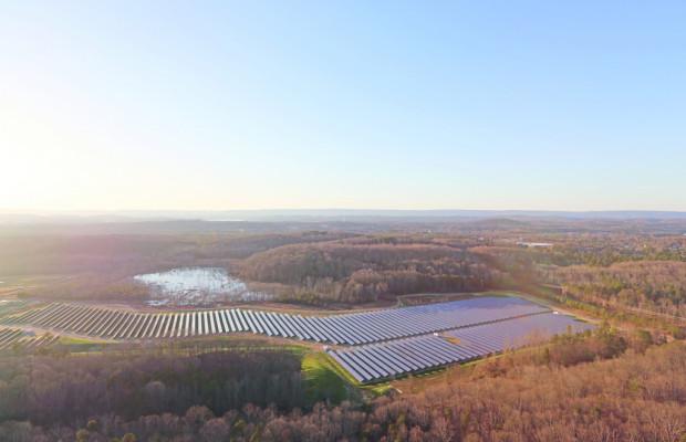 Volkswagen eröffnet Solarpark in den USA