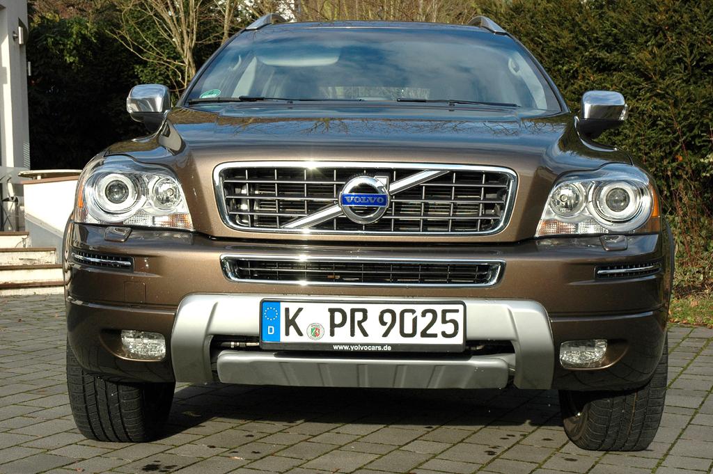 Volvo XC90: Blick auf die Frontpartie.