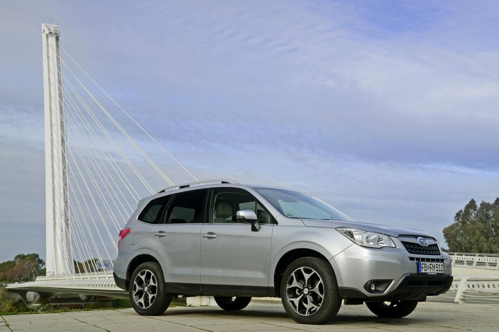 Wie gehabt gibt es für das SUV die zwei bekannten Boxermotoren, einen 2,0-Liter-Benziner mit 110 kW/150 PS sowie den gleichgroße