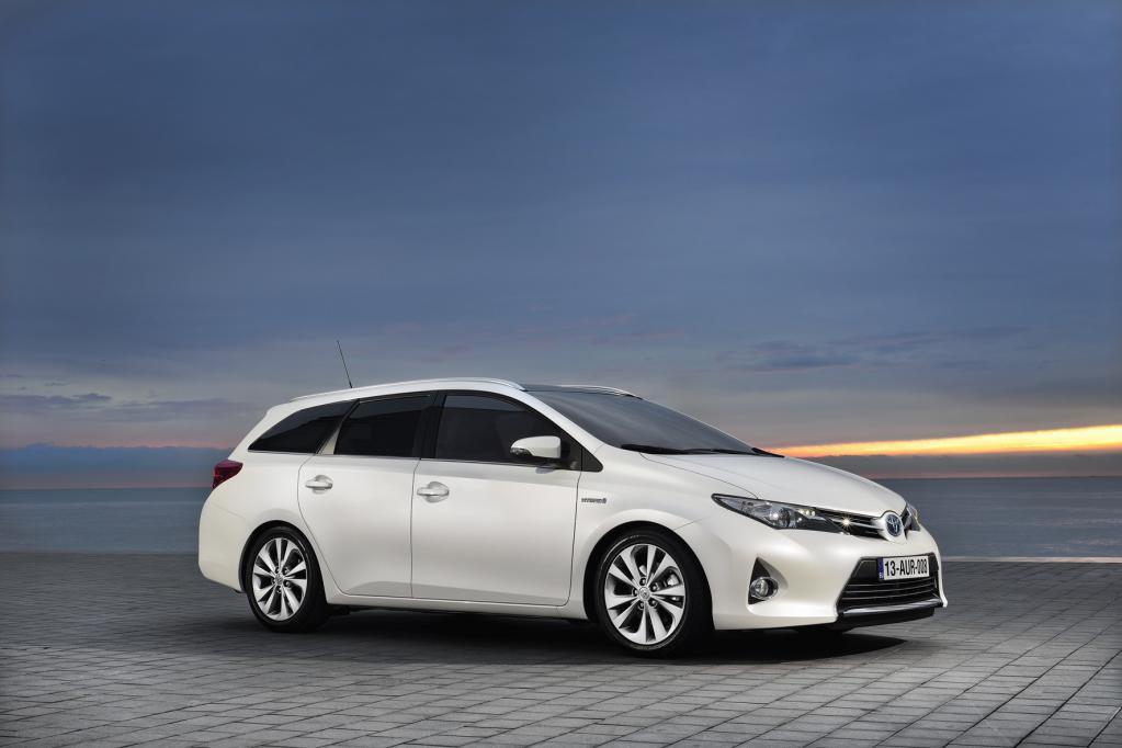 Am 13. Juli kommt die Kombi-Version des neuen Toyota Auris in den Handel.