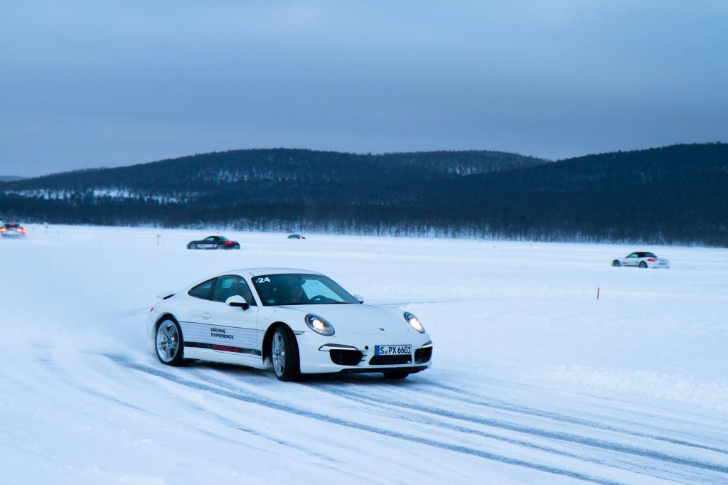 Anspruchsvoller Winter-Workshop mit Porsche