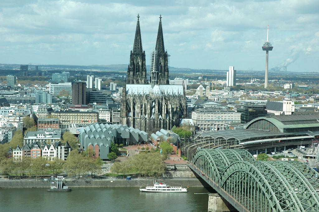 Auch Köln weist ziemlich viele festinstallierte Radaranlagen auf.