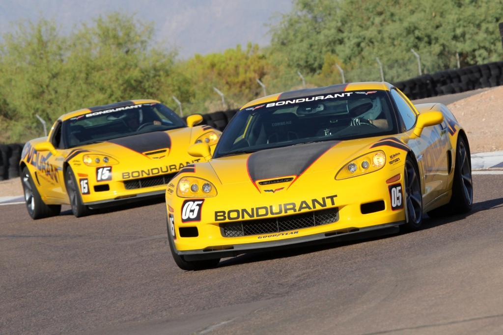 Auf Bondurants eigener Rennstrecke bekommt die Corvette C6 Auslauf