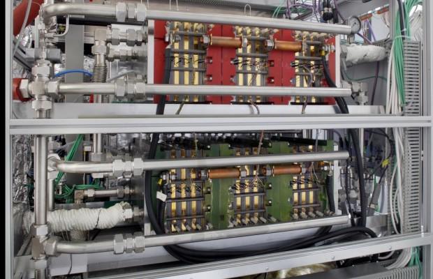Brennstoffzellen-Technik zur Stromerzeugung für Lkw und Flugzeuge