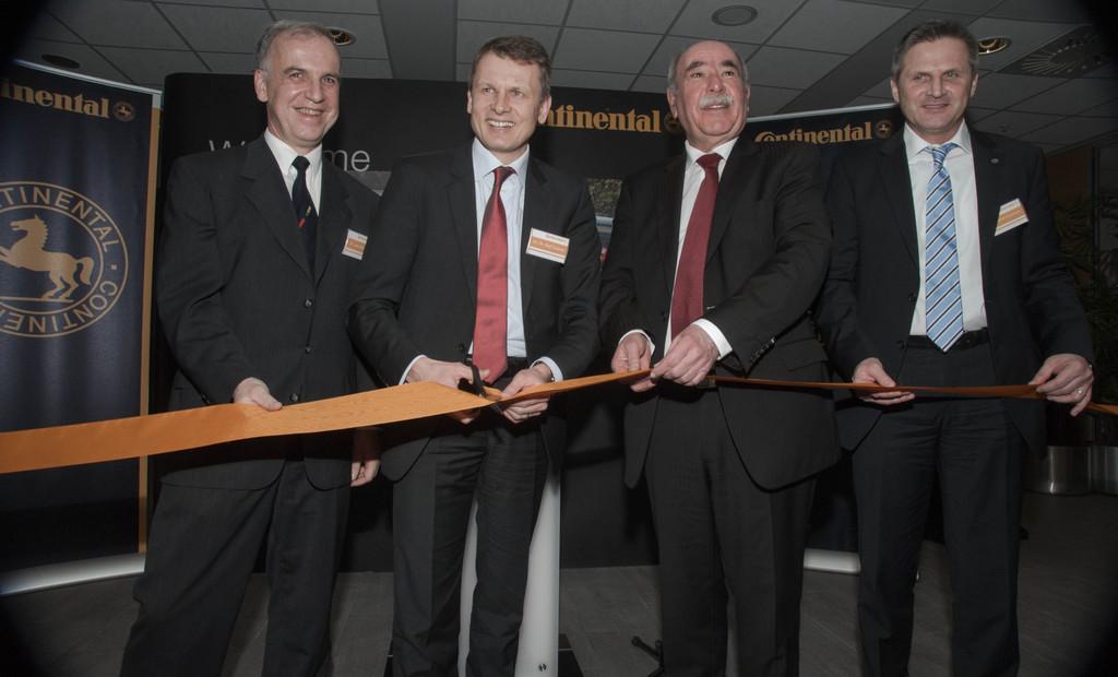 Continental weiht neuen Entwicklungsstandort ein