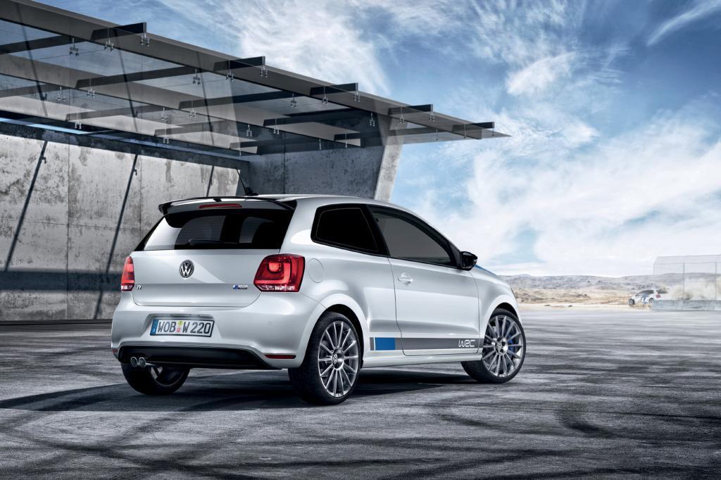 Dafür gibt es statt des 1,4-Liter-Motors aus dem Polo GTI den 2,0-Liter aus dem Golf GTI