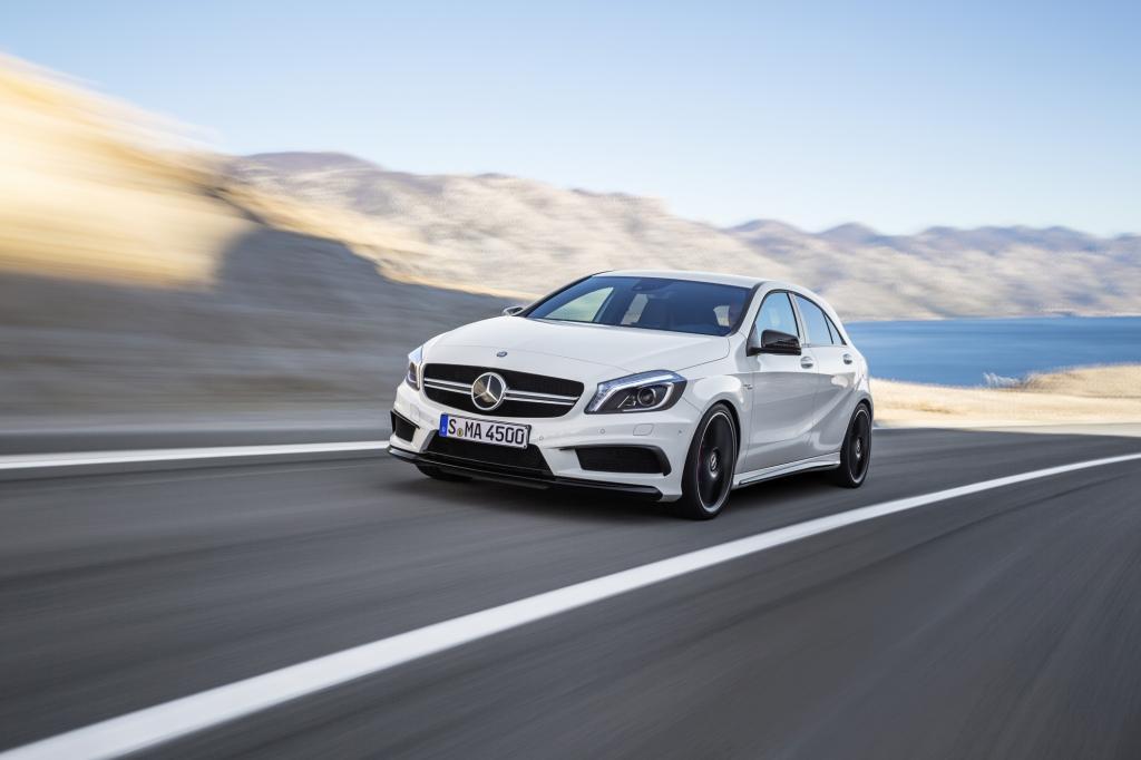 Der Mercedes A45 AMG setzt neue Leistungsmaßstäbe in der Kompaktklasse