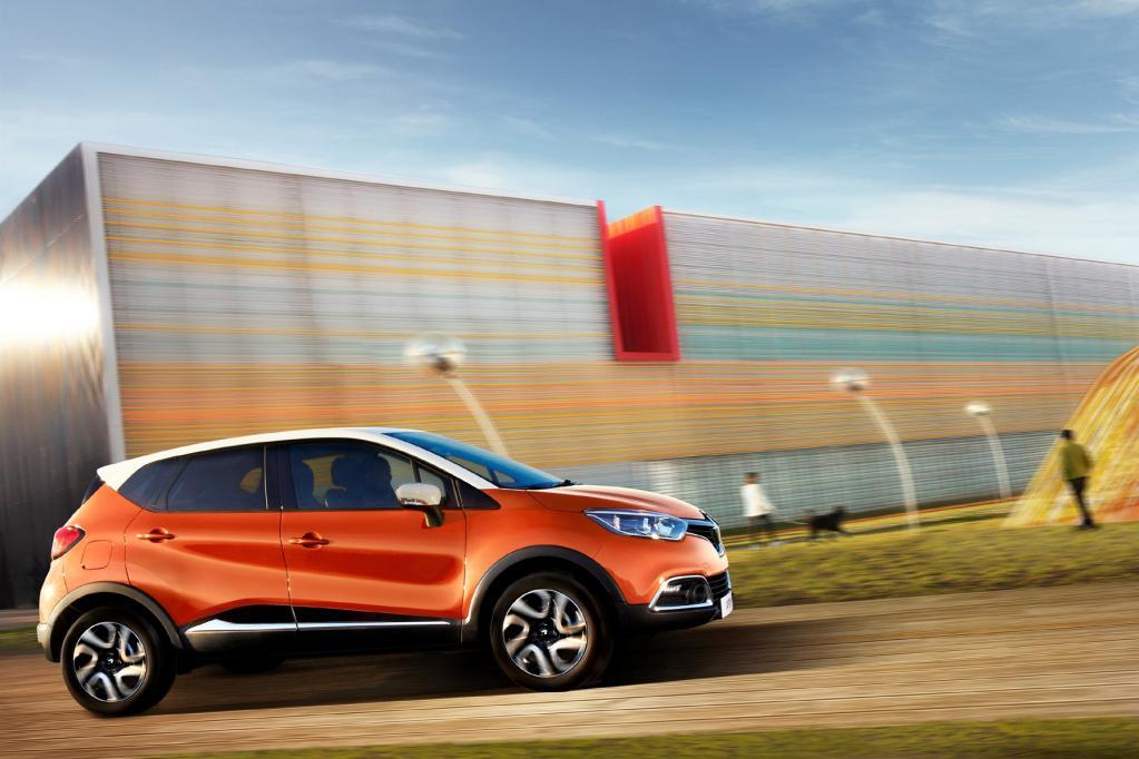 Der Renault Captur tritt als kompaktes Crossover-Modell mit SUV-Anmutung an.