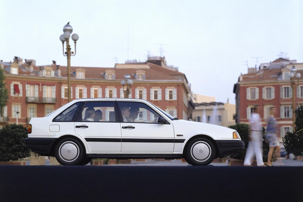 Der Volvo 440 1988