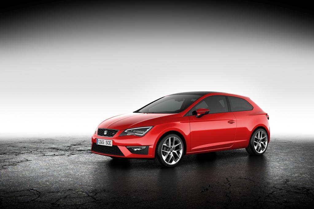 Der neue Seat Leon SC hat einen 35 Millimeter kürzeren Radstand und ist drei Zentimeter kürzer als der Fünftürer.