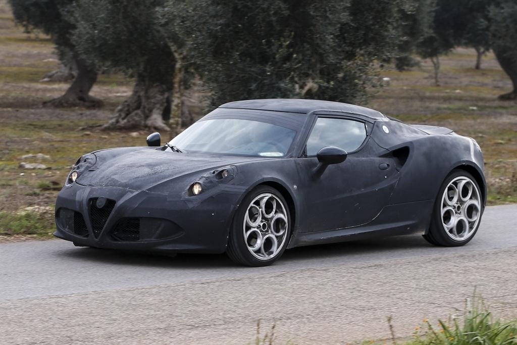 Erwischt: Erlkönig Alfa Romeo 4C - Kraftvolles Fliegengewicht
