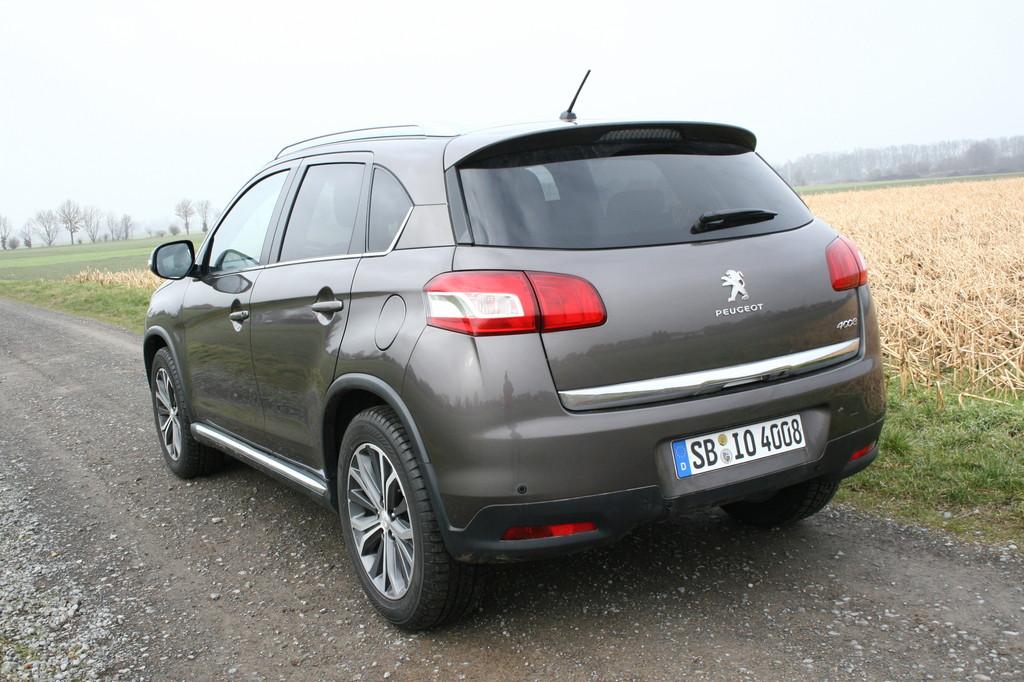 Fahrbericht Peugeot 4008 Allure HDi 150: Gute Gene