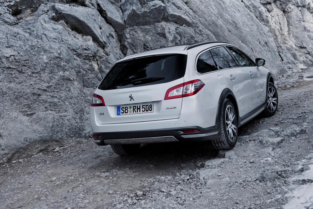 Fahrbericht Peugeot 508 RXH: Hier dieselt der Hybrid