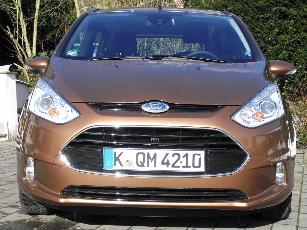 Ford B-Max: Blick auf die Frontpartie.