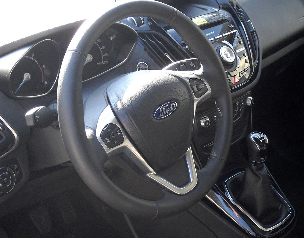 Ford B-Max: Blick ins Cockpit.