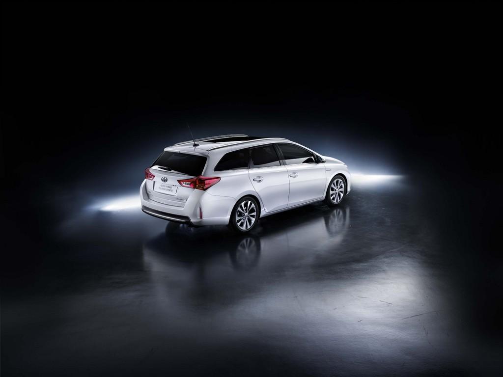 Genf 2013: Toyota Auris Touring Sports erster Vollhybrid-Kombi seiner Klasse