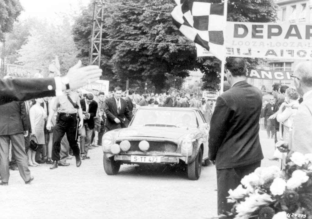 Genf vor 50 Jahren: Mercedes 230 SL