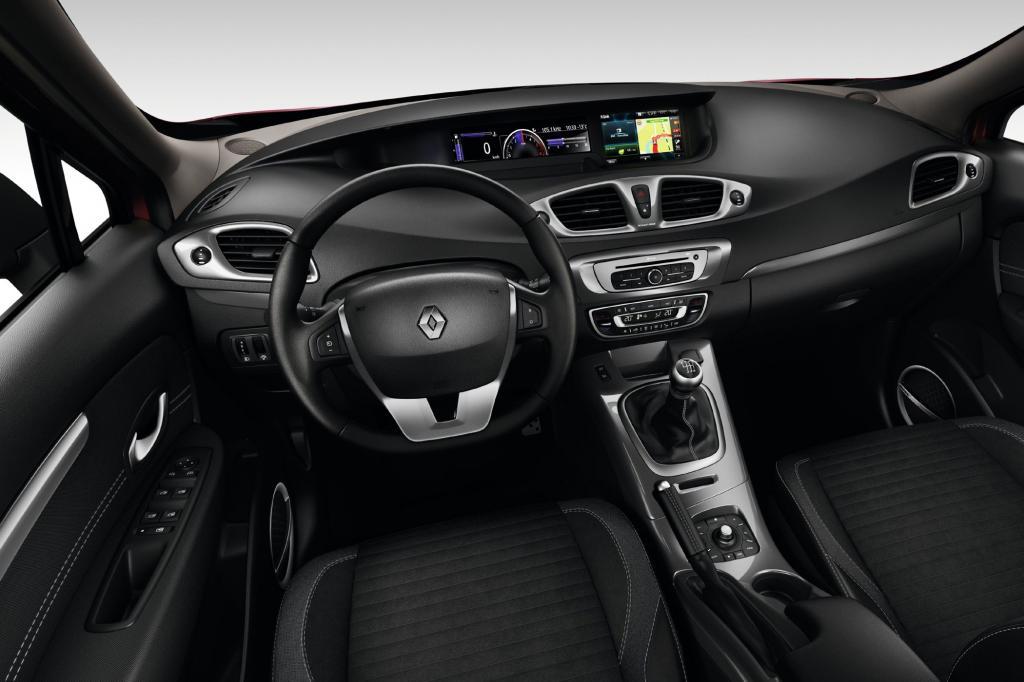 Gleichzeitig zur neuen Variante frischt Renault die Modelle Scenic und Grand Scenic auf
