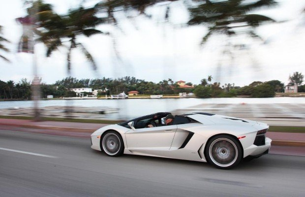 Lamborghini Aventador Roadster - Miami Sound Machine