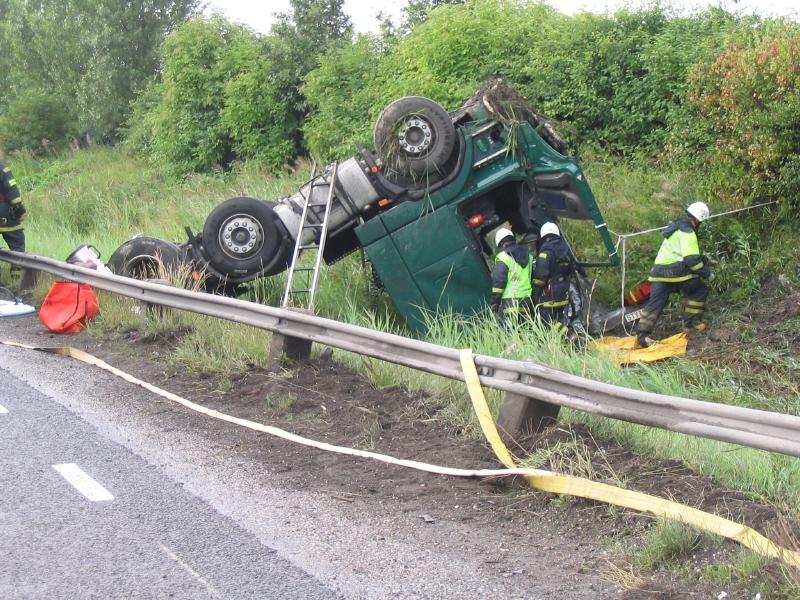 Müdigkeit und Unaufmerksamkeit verursachen die meisten Lkw-Unfälle