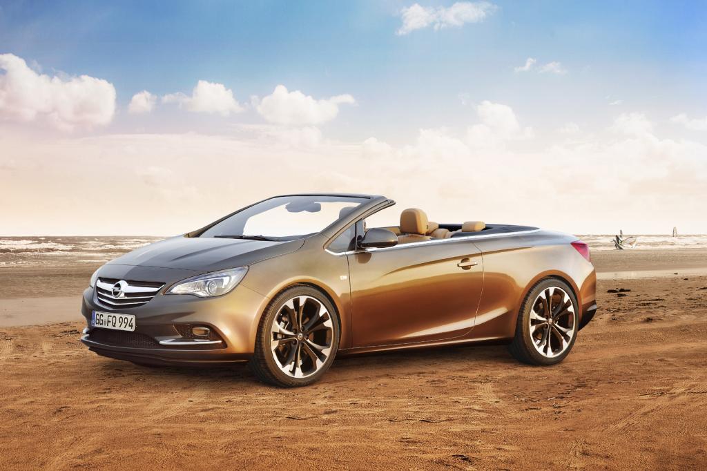Opel tritt mit dem Cascada gegen den VW Eos an