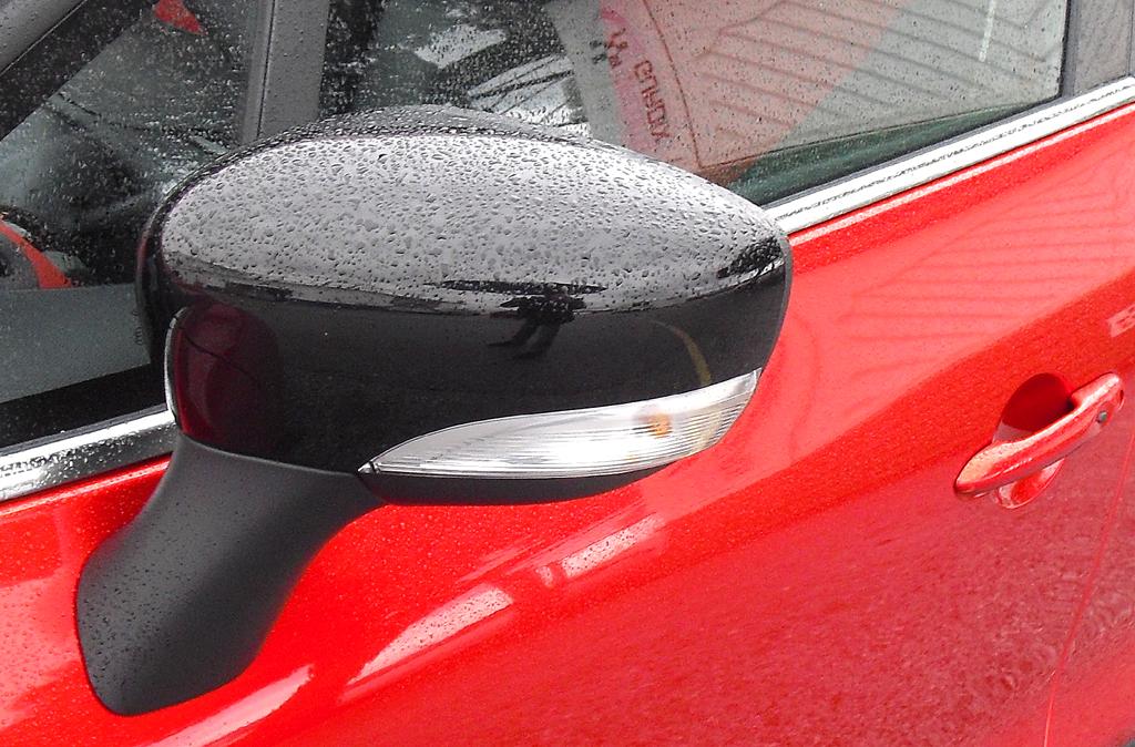 Renault Clio Grandtour: In die Außenspiegel sind Blinkblöcke integriert.