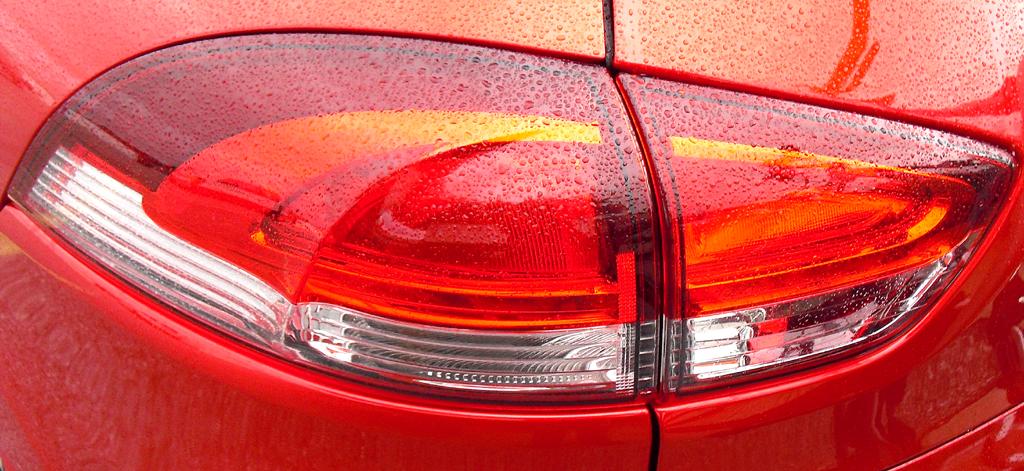 Renault Clio Grandtour: Moderne Leuchteinheit hinten.