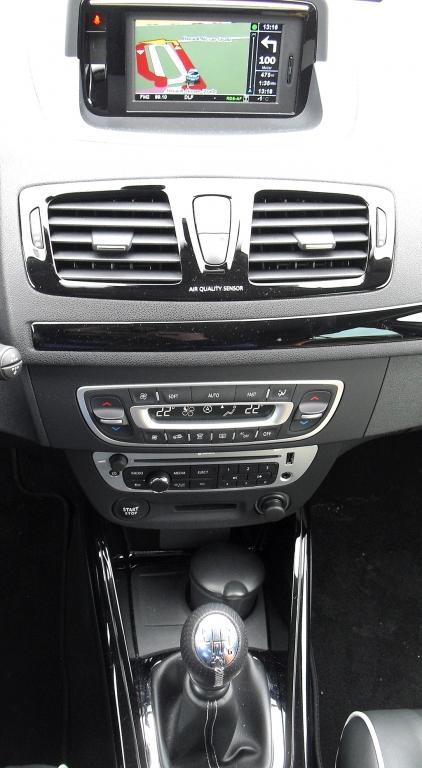 Renault Mégane: Blick auf den mittleren Armaturenträger.