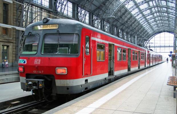 Schienen-Liebe: Immer mehr Menschen fahren mit der Bahn