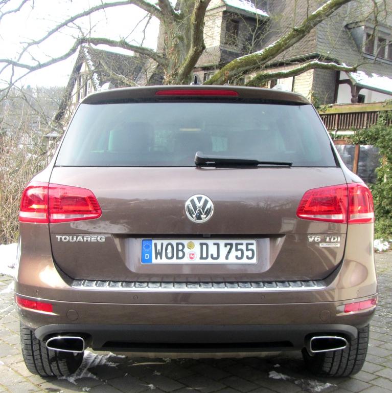 VW Touareg: Blick auf die Heckpartie.