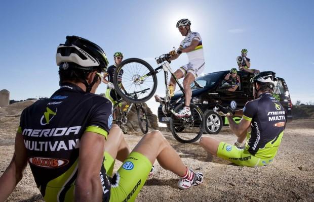 Volkswagen Nutzfahrzeuge bleibt Titelsponsor des Multivan Biking Teams