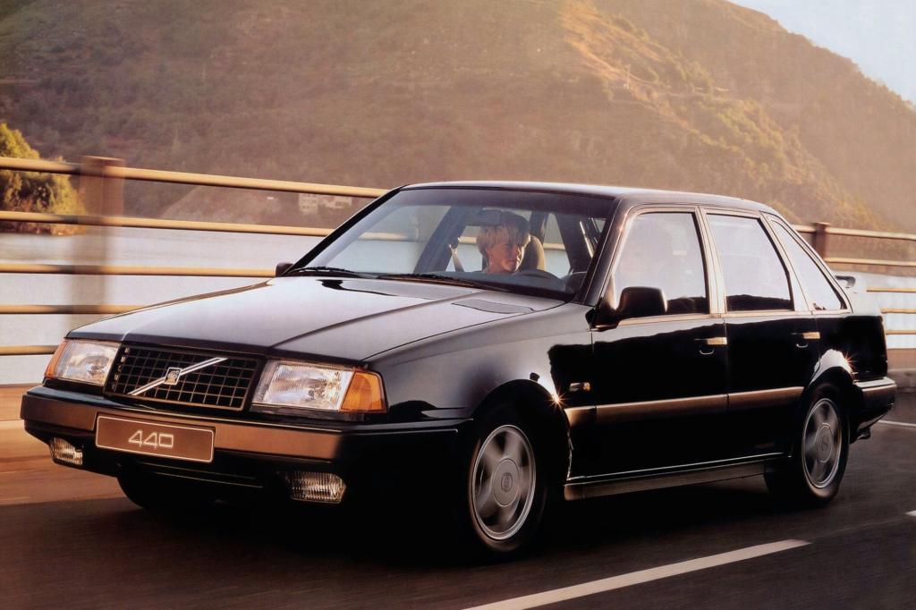 Volvo 440 ab 1988