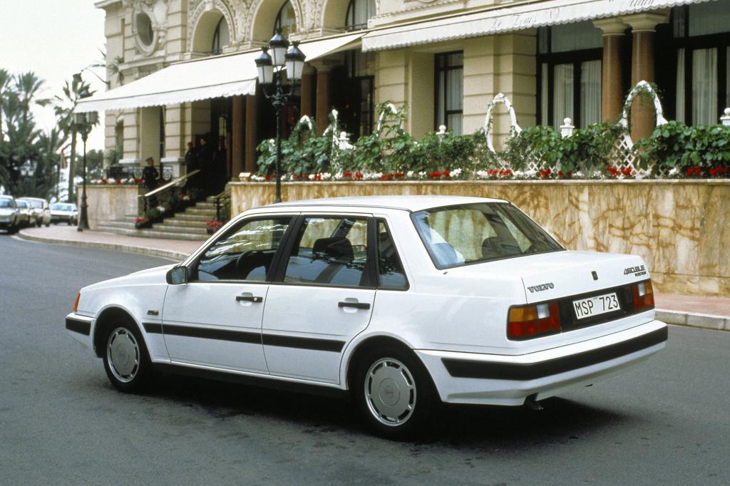 Volvo 460 1989