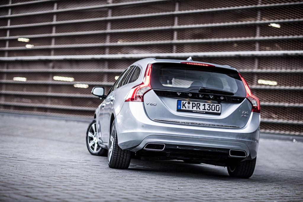 Volvo V60 D6 AWD Plug-in-Hybrid: Stark und sauber - der 283 PS Hybrid