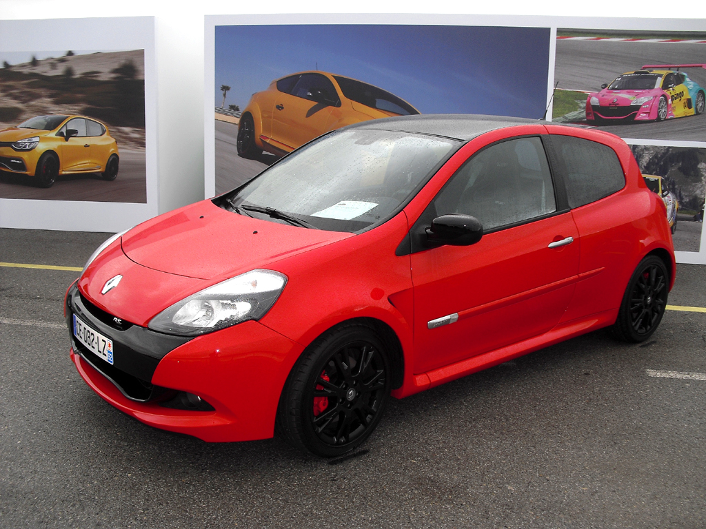 (Foto 1530) ... der Clio III RS Cup.