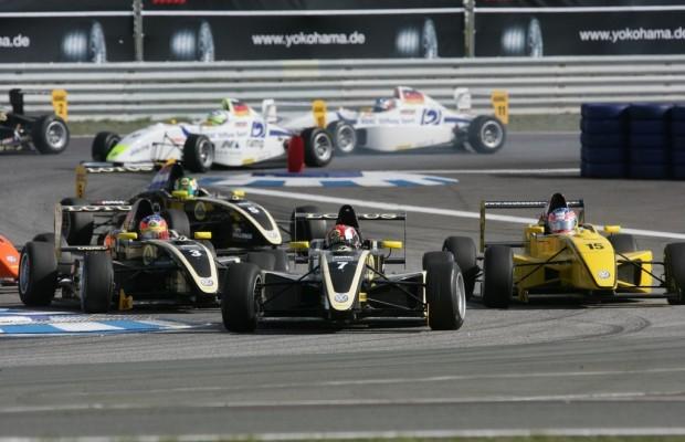 ADAC-Formel-Masters startet in Oschersleben