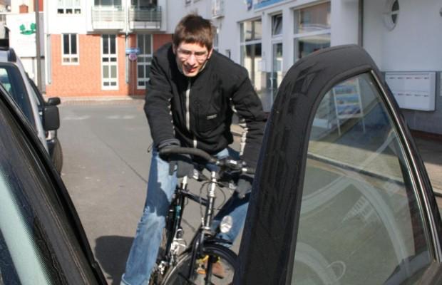 Autofahrer aufgepasst: Parken auf Radwegen wird teurer