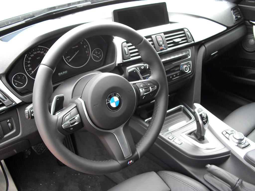 BMW 3er GT: Blick ins sportlich-funktionelle Cockpit.